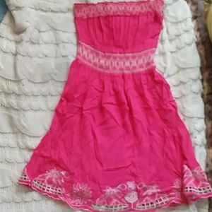 Pink embroidered floral hem tunic top